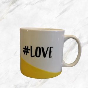 4/$30 🌺 Yellow Design #Love 😍 Mug